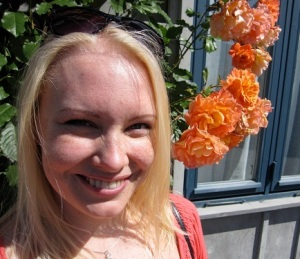 Kaisa Pietikäinen is a PhD student at the University of Helsinki, where she carries out research in the field of English as a lingua franca (ELF)